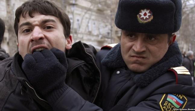 Навыборах вАзербайджане предсказуемо выигрывает действующий глава государства Ильхам Алиев