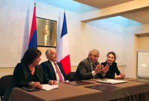 Делегация парламента Арцаха посетила посольство Армении в Париже