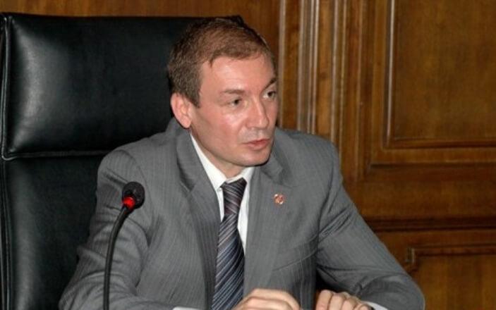 Заместитель министра обороны Артак Закарян подал вотставку