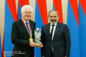 Никол Пашинян принял соучредителя и президента компании National Instruments Джеймса Трушарда
