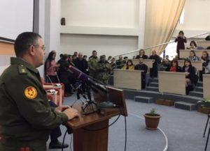 Начальник Генштаба ВС Армении встретился с преподавателями и студентами Педагогического университета Гюмри