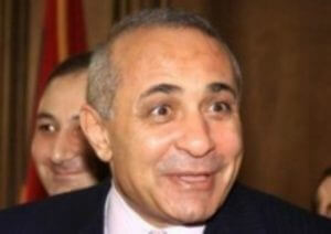 Экс-премьеру Армении могут предъявить обвинения в незаконном водопользовании