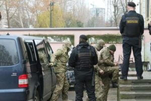 В Крыму арестованы 24 украинских моряка, которых задержали в Керченском проливе