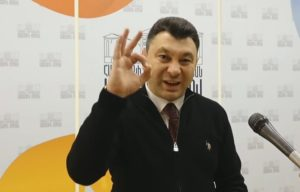 Шармазанов не отстанет от извращенцев и сектантов