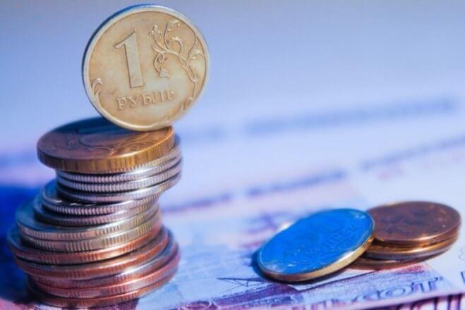 В России подняли минимальную зарплату на полтора доллара