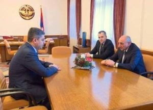 Президент Арцаха принял главу СНБ Армении