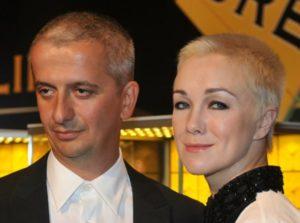 Режиссер Богомолов воссоединился с бывшей женой после слухов о романе с Собчак