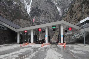 Трасса Степандцминда-Ларс полностью открыта, но на КПП «Верхний Ларс» есть скопление транспорта