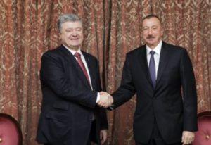 Порошенко призвал Алиева объединить усилия для «восстановления территориальной целостности»