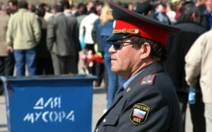 В Калмыкии пьяный полицейский начальник устроил стрельбу