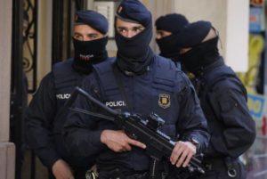 Армянская преступная группировка проводила в Испании договорные теннисные матчи: задержано 83 человека