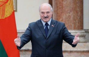 Лукашенко объяснил, почему белорусов выгоняют жены