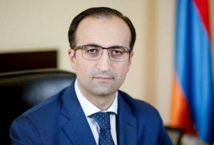 В Армении зарплата  медработников повысится суммарно на 30-40%