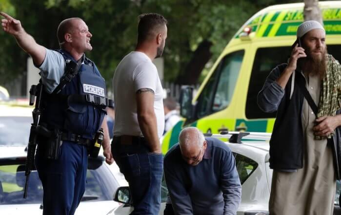 При атаке на мечети в Новой Зеландии погибли 40 человек