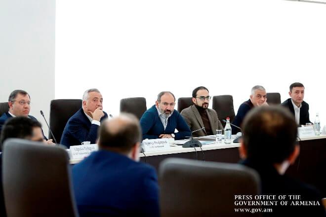 Премьер-министр Армении посетил учебно-исследовательский центр ЦБ в Дилижане