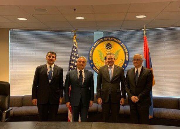 Мгер Григорян встретился с директором Корпорации частных капитальных инвестиций США