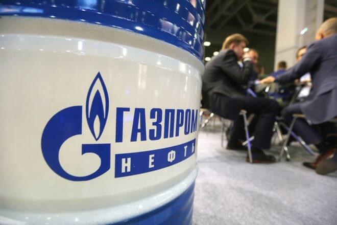 """""""Газпром нефть"""" начала первые поставки нефтепродуктов за рубли в Армению"""