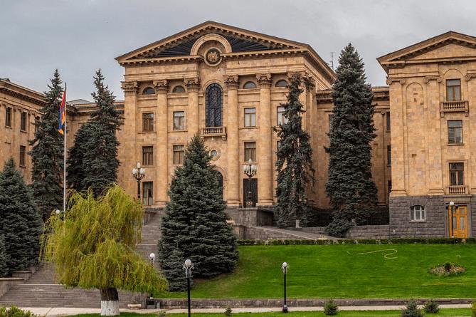Армянские депутаты одобрили новые реформы Налогового кодекса