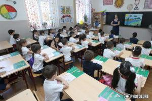Проблем с записью детей в школы в Армении больше не будет – министр