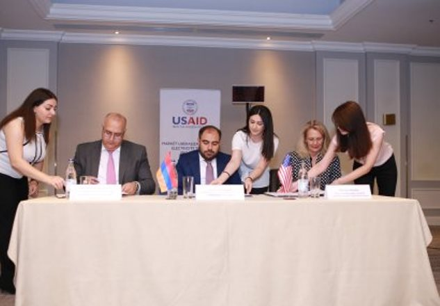 В Армении подписан трехсторонний меморандум о взаимопонимании в электроэнергетической сфере