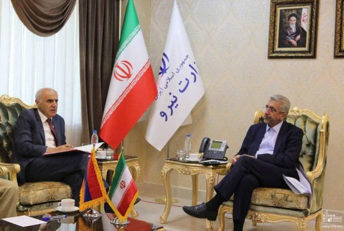 Посол Армении обсудил с министром энергетики Ирана вопросы двустороннего сотрудничества