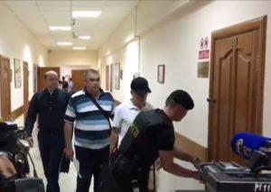 В Уфе начался суд над полицейскими, обвиняемыми в групповом изнасиловании дознавателя