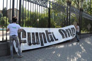 """""""Привет, Роб!"""": Армения вернулась к расследования убийства Погоса Погосяна"""