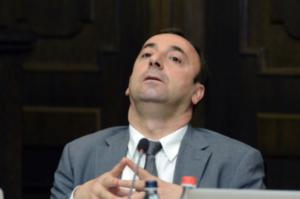 Проект решения о прекращении полномочий Грайра Товмасяна включен в повестку заседания парламента