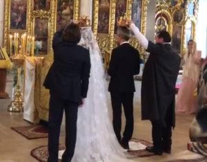 Ксения Собчак вышла замуж за режиссера Богомолова, их поздравил пресс-секретарь Путина