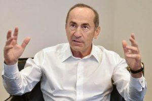 Опубликованы особые мнения двух судей КС — относительно решения КС по делу Кочаряна