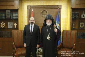 Никол Пашинян направил телеграмму  соболезнования Католикосу Араму I по случаю смерти матери