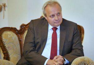 В России с большой симпатией следят за происходящим в Армении – посол