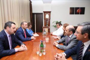 Секретарь СБ обсудил с главами парламентских фракций Стратегию национальной безопасности