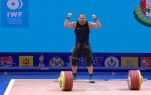 Армянский тяжелоатлет Акоп Мкртчян – чемпион мира