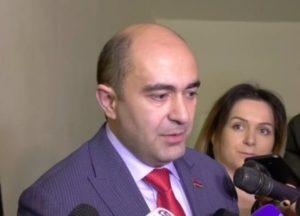 «Светлая Армения» проголосует за прекращение полномочий главы КС Грайра Товмасяна