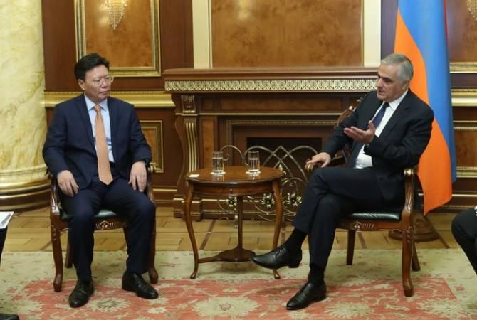 Вице-премьер Мгер Григорян принял делегацию КНР
