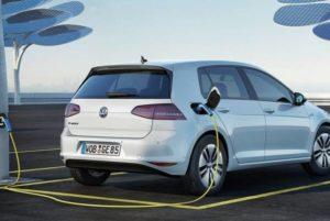 Volkswagen начал выпускать аккумуляторы для электромобилей