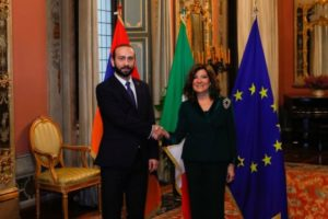 Арарат Мирзоян встретился с председателем Сената Италии Марией Элизабетой Альберти Казелати