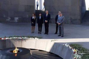 Принц Румынии Раду почтил память жертв Геноцида армян