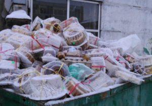 Жириновский предложил кормить бедных россиян просроченными продуктами