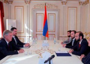 Спикер парламента Армении и конгрессмен США обсудили вопросы двусторонней повестки