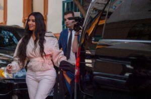 Ким и Кортни Кардашян пообедали в одном из ереванских ресторанов