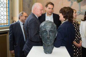 Бюст Шарля Азнавура будет установлен в Париже