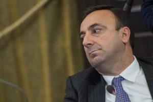 Парламент Армении тайно проголосует по вопросу прекращения полномочий главы КС