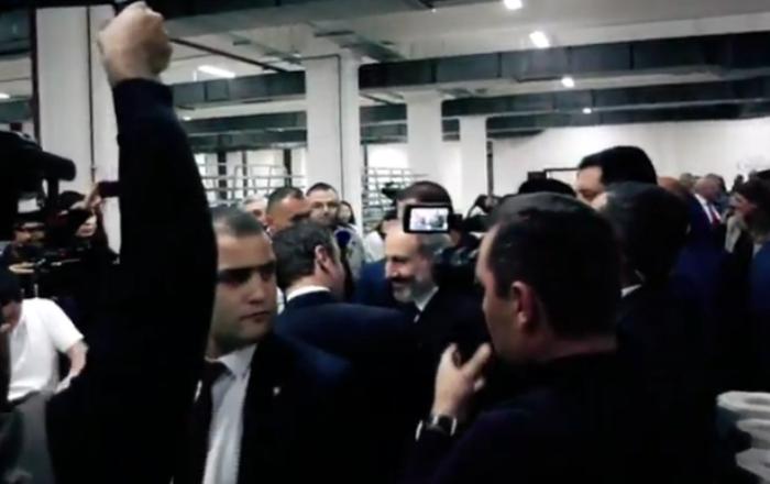 Премьер-министр Пашинян принимает участие в церемонии открытия керамического завода «Ceramisia»