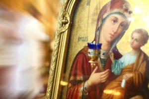 День Казанской иконы Божией Матери 4 ноября: красивые поздравления и открытки для близких