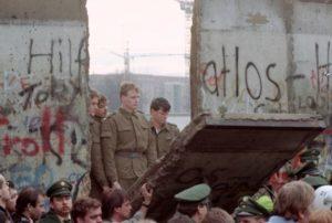 В Берлине началось празднование 30-летия падения Берлинской стены