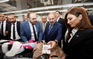 Пашинян присутствовал на открытии новых фабрик по пошиву одежды в Ереване
