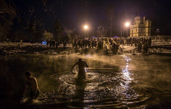 Христианский праздник Крещение 19 января 2020 году