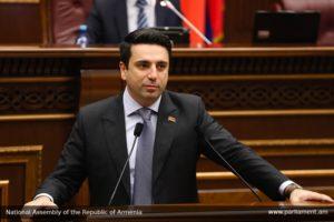 КС будет жить в «новой Армении», хочет того Товмасян или нет – вице-спикер парламента